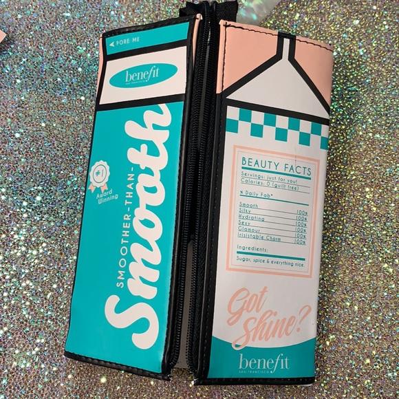 BENEFIT pore milk cosmetics bag